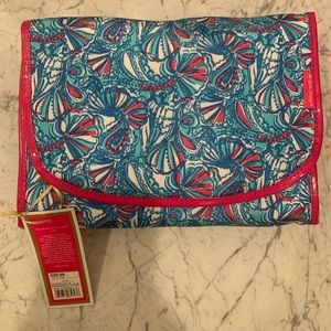 Lilly For Target Cosmetic Hang Bag